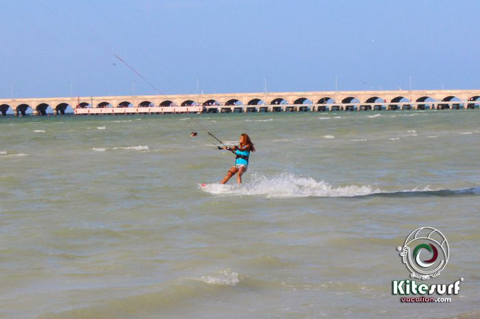 progreso singles Besides the lack of pure amenities, progreso has some real economic problems  to contend with the unemployment rate hovers near 73%,.
